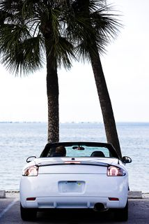 Scenic convertible drives